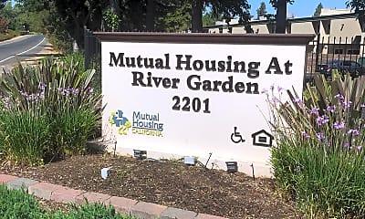 Mutual Housing at River Garden, 1