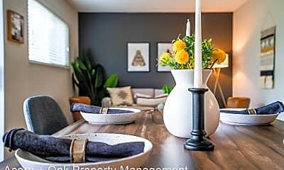 Living Room, 1001 Ruby St, 1
