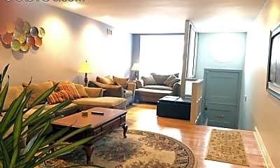 Living Room, 2028 Locust St, 1