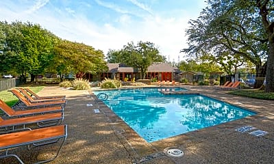 Pool, The Estara, 0