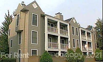 Building, 300 S Cedar St 7, 0