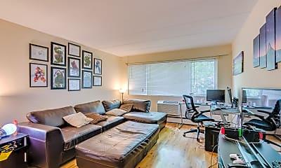 Living Room, 2645 W Carmen Ave, 0