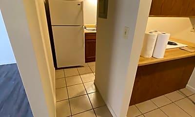 Bathroom, 2408 Alabama St, 2