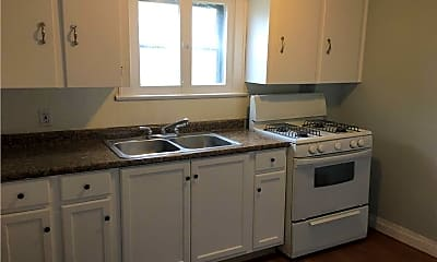 Kitchen, 1119 McIntosh Ave 2, 1