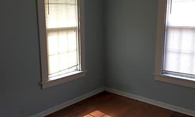 Bedroom, 708 W Alabama Ave, 1
