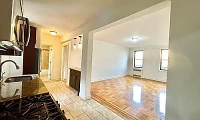 Living Room, 47-25 40th St, 1