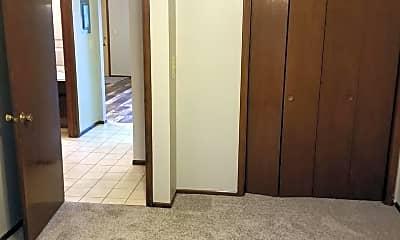 Living Room, 715 S Golfcrest Rd, 2
