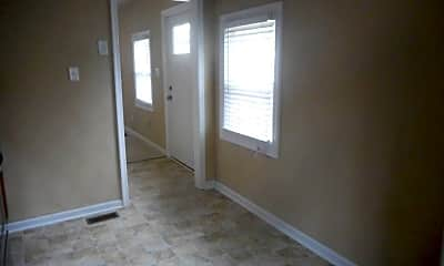 Bedroom, 641 Bell St, 1