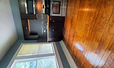Kitchen, 827 W Rosewood Ave, 1