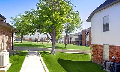 Building, Carriage House Apartments, 2
