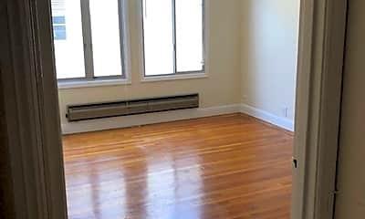 Living Room, 3800 Scott St, 2