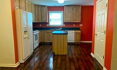Kitchen, 92 Effie Ln, 1