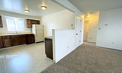 Kitchen, 941 E 46th Ct, 1
