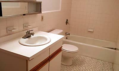 Bathroom, 77 Beaconwood Rd, 2
