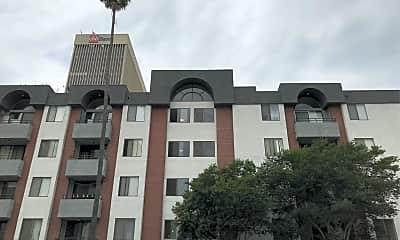 Wilshire Kenmore Towers, 0