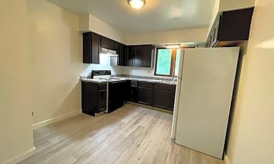 Kitchen, 228-1/2 Hammond Ave, 1