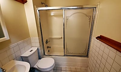 Bathroom, 1119 150th St, 2