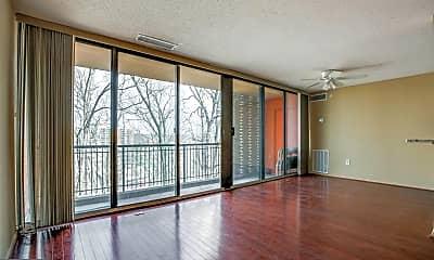 Living Room, 4 S Van Dorn St 503, 1