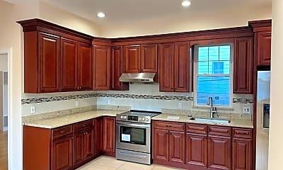 Kitchen, 407 Newport Ave 1, 1