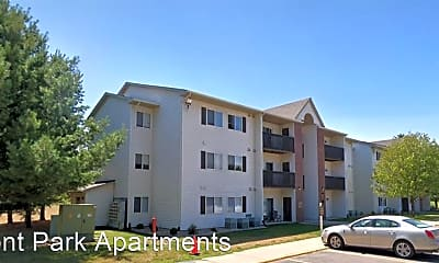 Building, 3855 Pineview Pl, 1