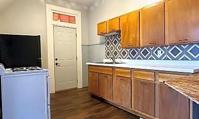 Kitchen, 830 Rhomberg Ave, 0