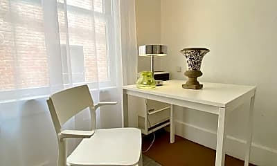 Dining Room, 127 W 5th St, 1