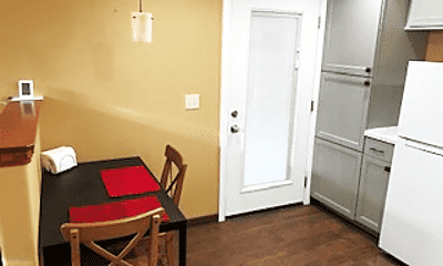 Dining Room, 2019 N Bell Ave, 1