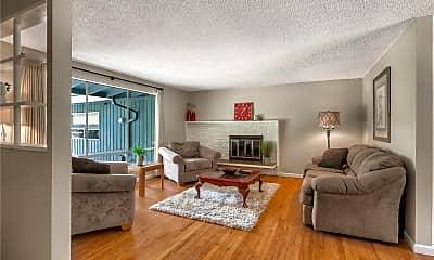 Living Room, 16428 SE 16th St, 1