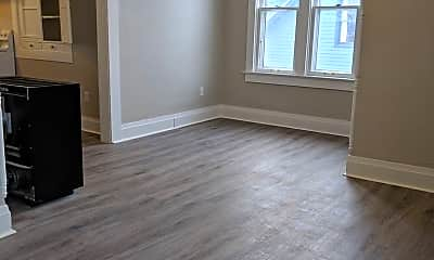 Living Room, 516 W Main St, 2