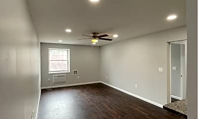 Living Room, 512 Church St, 1