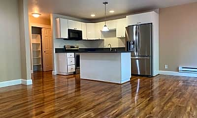 Kitchen, 1036 Oak Grove Rd, 1