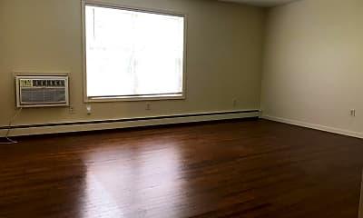 Living Room, 111 Essex St, 2