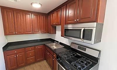 Kitchen, 1590 Oregon Street 01-19, 0