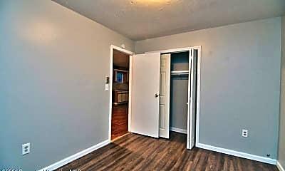 Bedroom, 1418 N Main Ave, 2