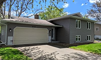 Building, 16738 Garland Way W, 1