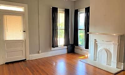 Living Room, 479 Spring St, 1