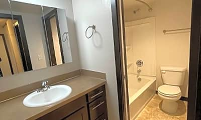 Bathroom, 160 SW Normandy Rd, 2