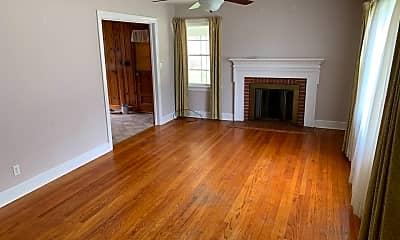 Living Room, 1615 Hunter Hill Rd, 1