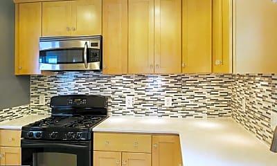 Kitchen, 6202 Forest Rd, 1