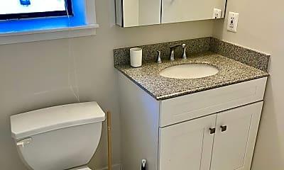 Bathroom, 2145 California St NW 303, 2