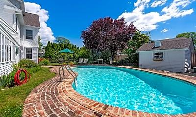 Pool, 808 Walnut Ave, 2