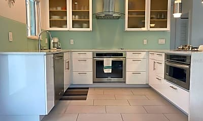 Kitchen, 1977 Beach Rd 7, 0