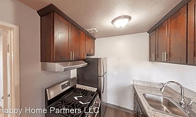 Kitchen, 475 Alcatraz Avenue 01-12, 1