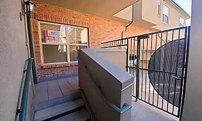 Patio / Deck, 2901 Wyandot Street, 0