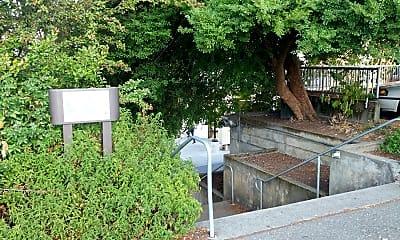 Magnuson Park Housing (Brettler Family Place), 1