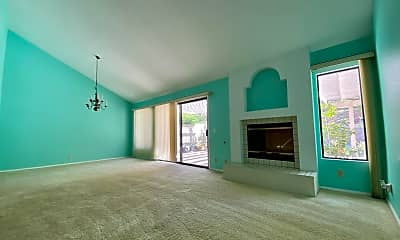 Living Room, 12671 Calle Charmona, 2