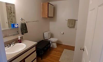 Bathroom, Mountain Glen, 2