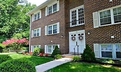 Building, Hickory Hills Condominiums, 2
