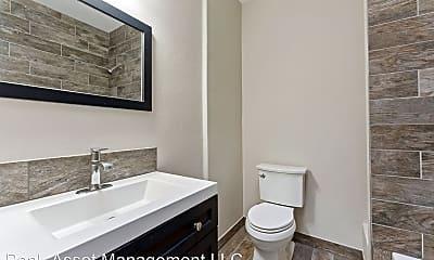 Bathroom, 100 N Killingsworth St, 2