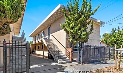 Building, 3057 Blossom Street, A, 1